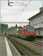 SBB Re 460 017-7 with an IC to St.Gallen in Puidoux-Chexbres.
