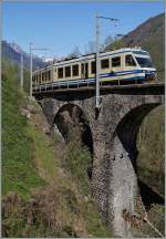 A SSIF ABe 4/6 on die Ri Graglia Bridge by Trontano. 