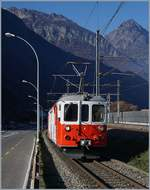 The MC BDeh 4/4 N° 8 between Vernayz MC and Martigny by the old stop La Bâtiaz.
