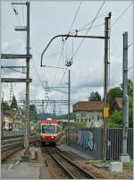 A WB local train from Waldenburg is arriving at Liestal.