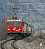 Ge 4/4 n° 605 is coming with the  Vallser Wasser  Cargo-Train from Untervaz to Chur.