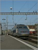 A TGV Lyria service is leaving Lausanne to Paris Gare de Lyon. 