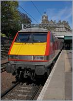 The Virgin Trains East Coast Class 91 (91104) in Edingburgh Waverley.